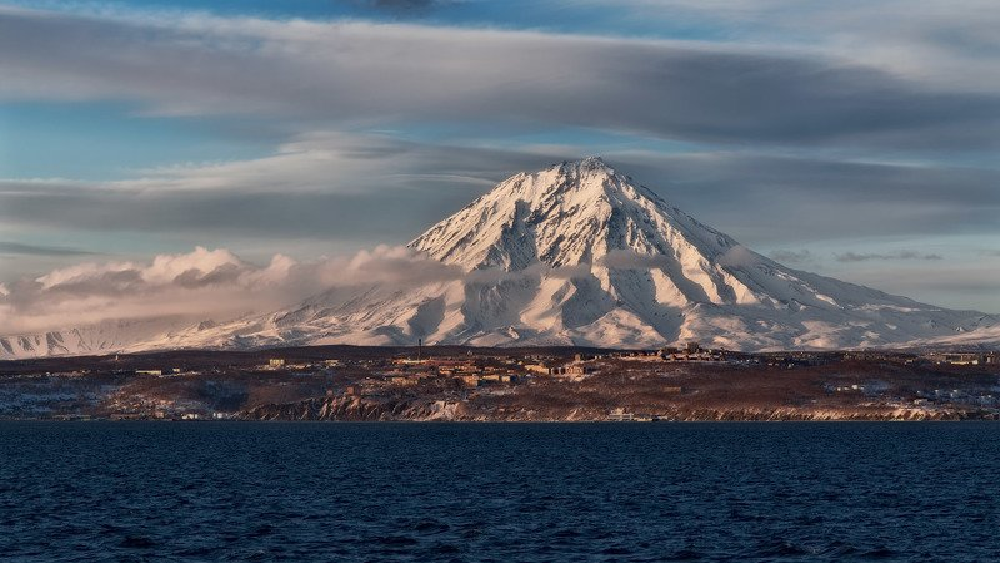 берег,весна,вечер,камчатка,рейд,корякский вулкан Камчатка 2019. веснаphoto preview