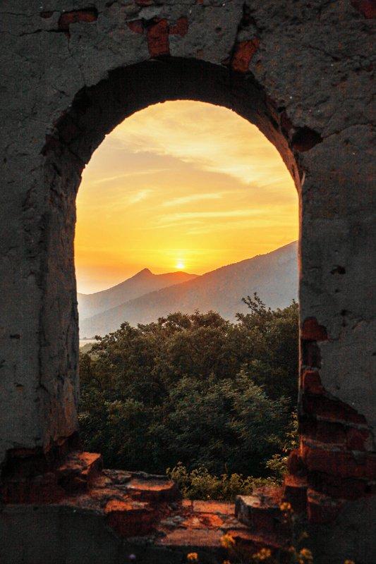 горы,рассвет,утро,окно, Рассвет в горах.. фото превью