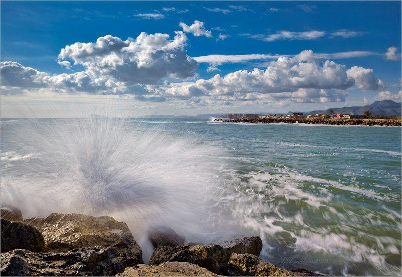 море, пейзаж, волны, вода, небо, облака Морской ёжphoto preview