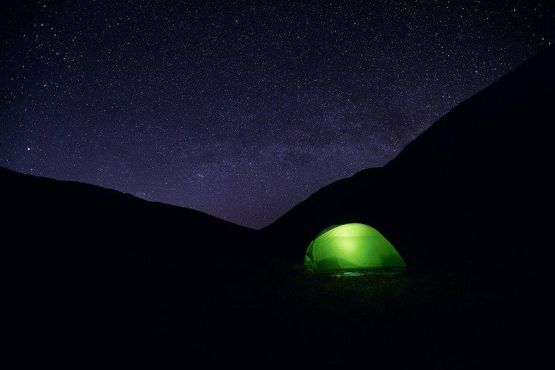 звёзды, палатка, горы Ночь в горахphoto preview
