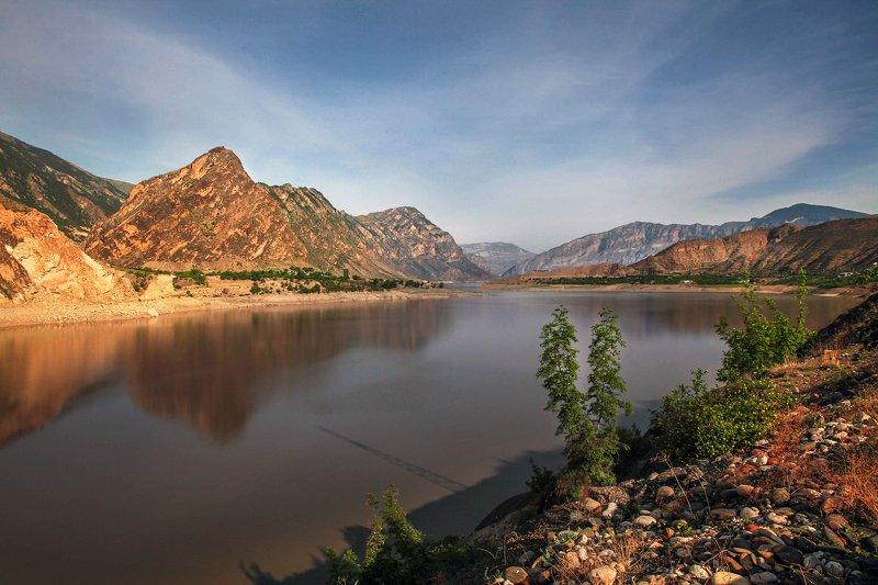водохранилище,горы,пейзаж,горный пейзаж,весна,дагестан,северный кавказ,шамильский район. Ирганайское водохранилище.. фото превью