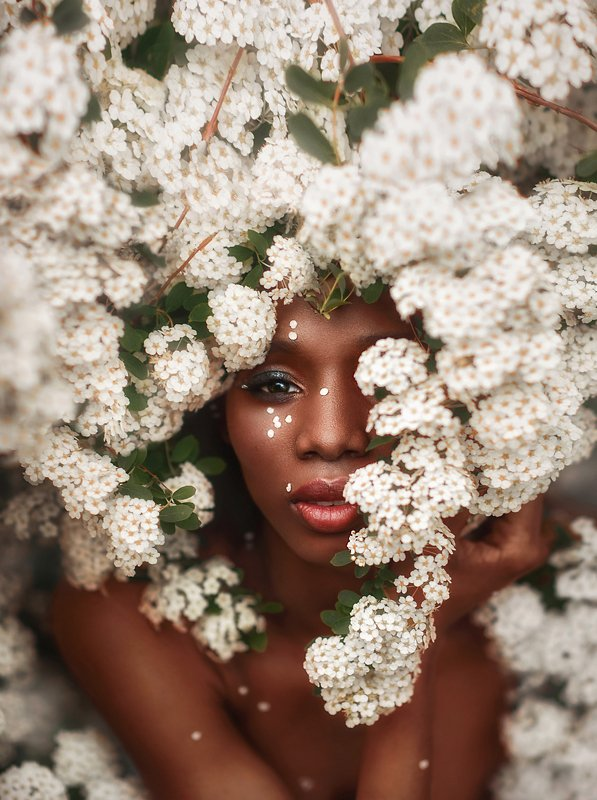 невеста,черная кожа,белые цветы,портрет,девушка,красивая девушка,весна Невеста фото превью