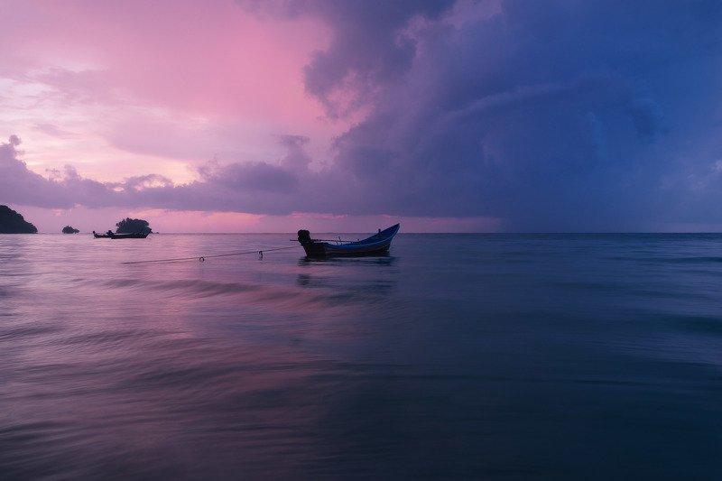 На закате перед грозой. Пхукет, Таиланд.photo preview
