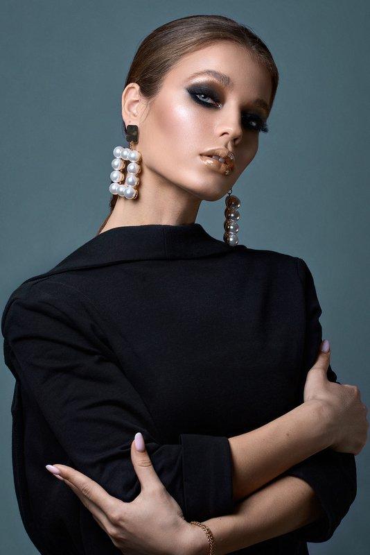 portrait, girl, model, eyes, hair, lips, face, beauty, facial, make-up, photographer, russia, nikon photo preview