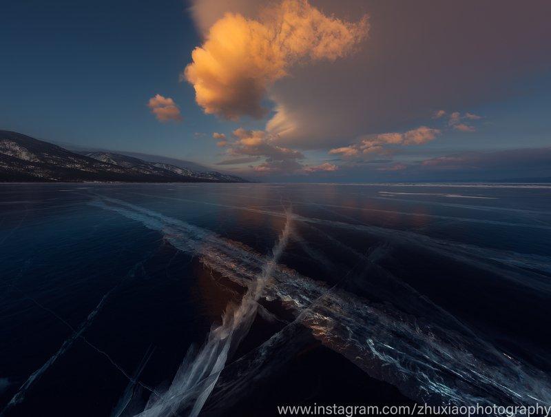 Голубой лед озера Байкалphoto preview