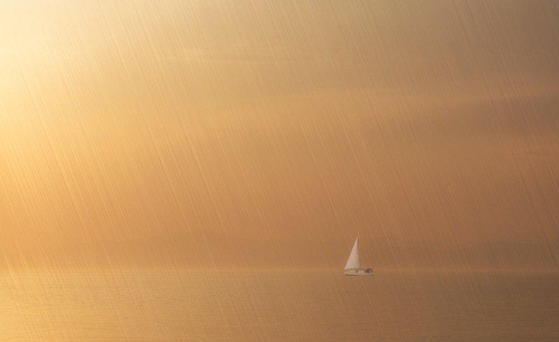 бухта, парус, закат, золотой рог, приморский край солярисphoto preview