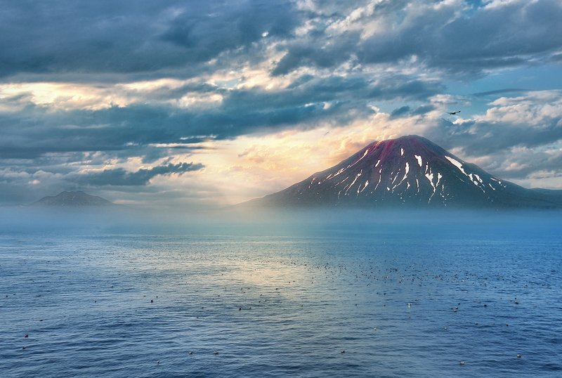 пейзаж, вулкан, природа, камчатка Туманный гигантphoto preview