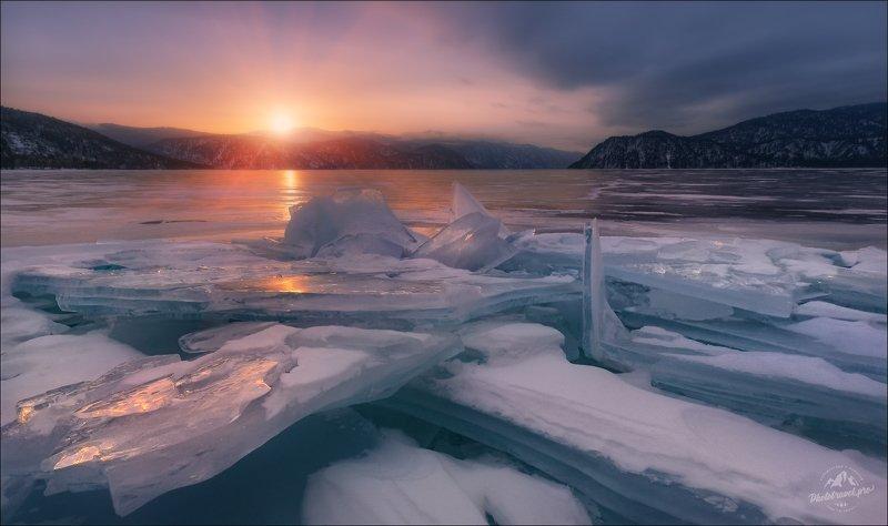 алтай, лед, зима, яйлю, алтын-кёль, алтын-кол, урочище яйлю, телецкое озеро, Лёд Телецкого ...photo preview