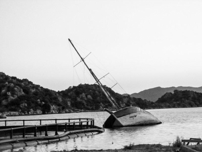 корабль, судно, море, черно-белое, крушение Вечерphoto preview