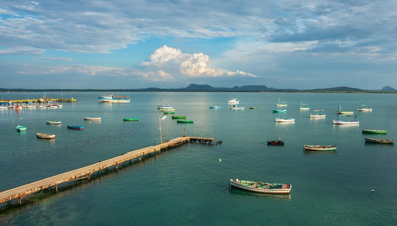 Bahia de Gibaraphoto preview
