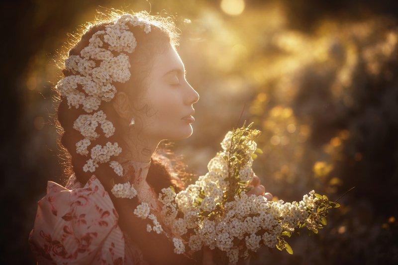 девушка цветение портрет photo preview