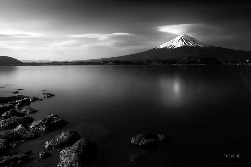 fuji, mountain,cloud,lake,water,rock,calm,amazing, Rock and Cloudphoto preview