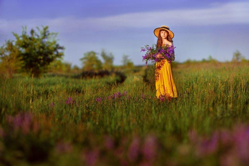 девочка, полевые цветы, цветовые контрасты, весна, ***photo preview