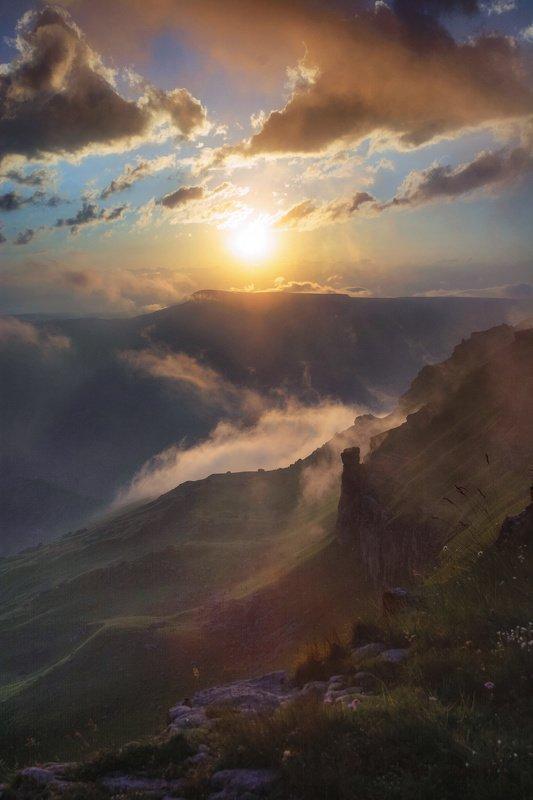 горы,кавказ фантасмагорияphoto preview