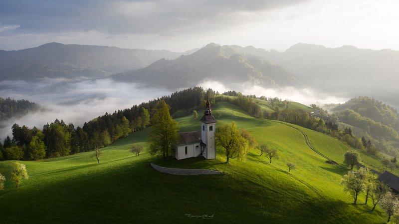 словения, пейзаж, рассвет, туман, горы, mist, fog, mountains, mornign, landscape Словенское утроphoto preview