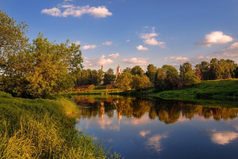 весна,май,река,храм.вечер,закат майский вечерphoto preview