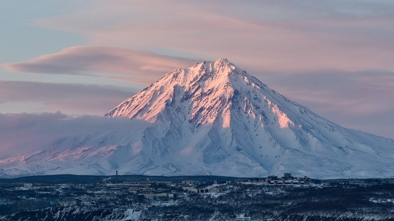 берег, зима, камчатка, рейд, корякский вулкан a pink smokephoto preview