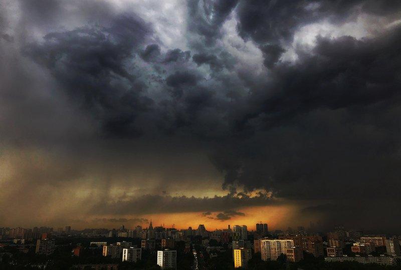 Когда небо серчаетphoto preview