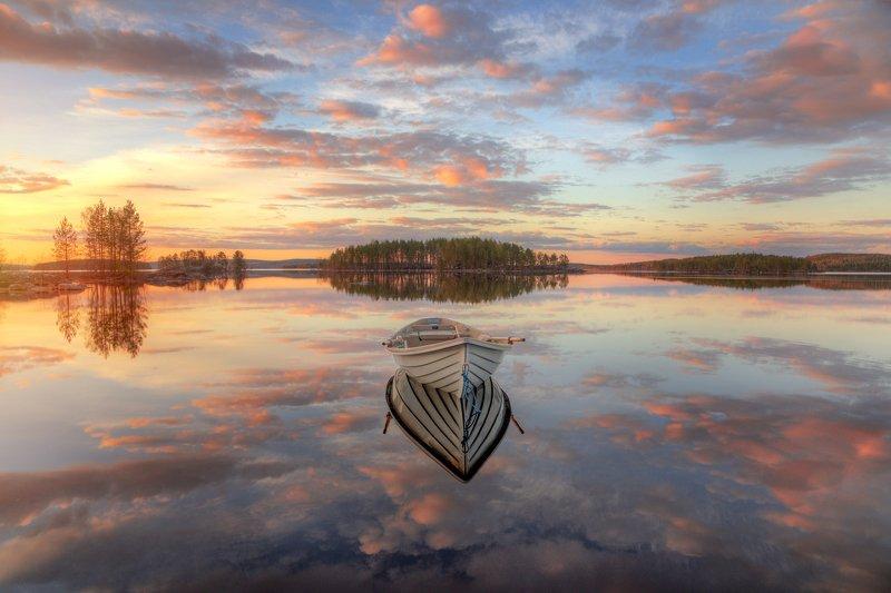 Про закат, лодку и Северную Карелиюphoto preview