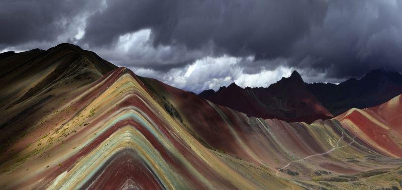 Радужные горы photo preview