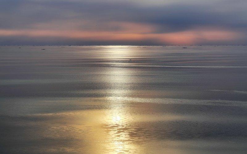 весна, охотское море, штиль, закат, льды, горизонт вечерний релаксphoto preview