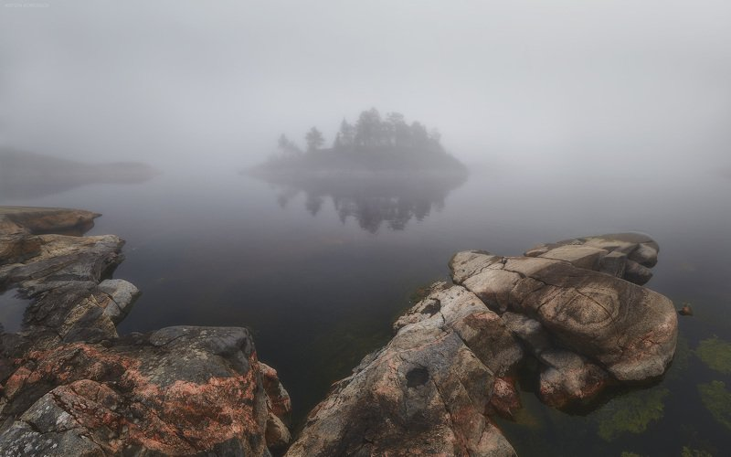 туман, Ладога, утро, остров, скалы Утроphoto preview