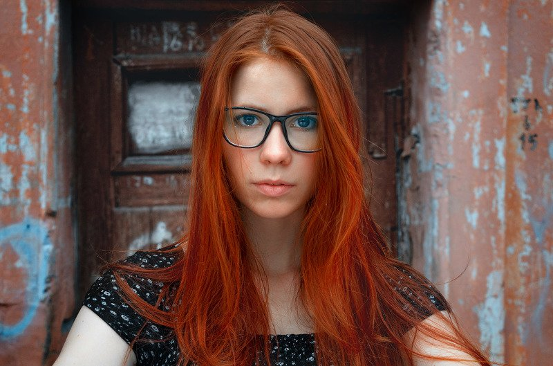 девушка, портрет, рыжая девушка,свет, лето,очки, девушка в очках, Дианаphoto preview