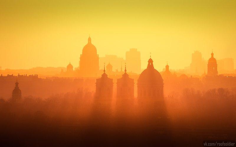 Санкт-Петербург, закат, город, пейзаж, контровой, крыша, храм, церковь Скайлайнphoto preview