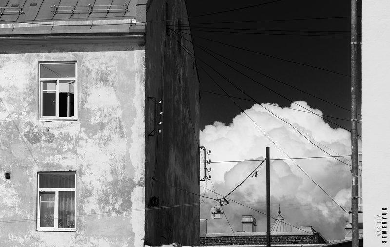 город, сортавала, облака, окно, минимализм, ч/б, городской пейзаж, city, mood, b/w, clouds, minimalism. Город и облака.photo preview