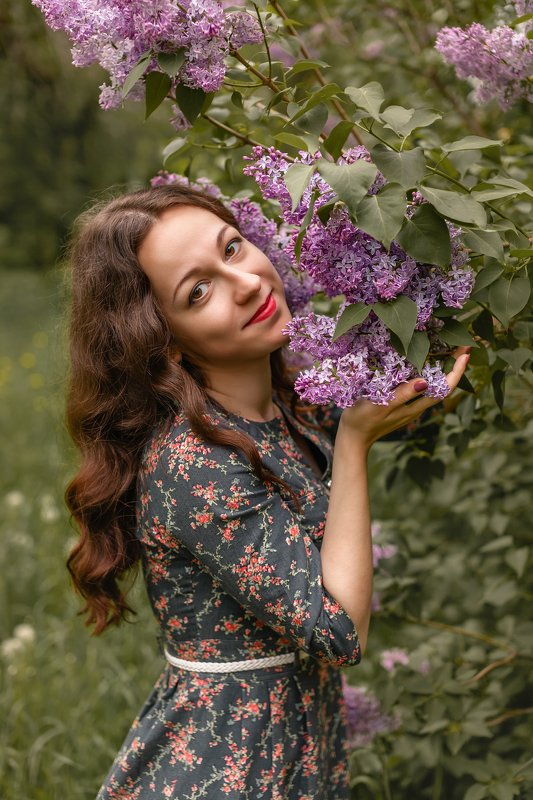 девушка, сирень, портрет, лето Мария и сиреньphoto preview