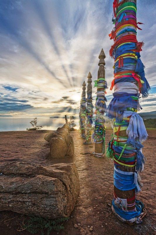 утро, восход, пейзаж, отражение, озеро, Байкал, зори Ритуальные столбыphoto preview