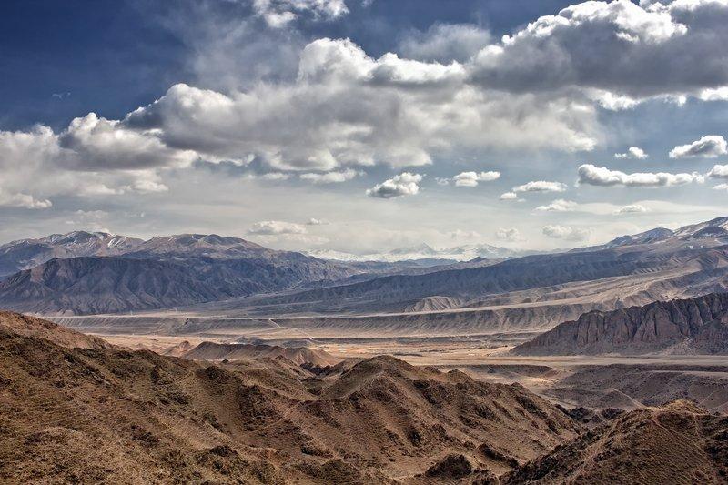 кыргызстан, горы Облачная поступь весныphoto preview