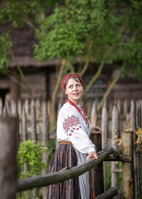 дождь,женщина, нежность, лето, поле,деревня, беларусь, национальные костюмы беларуси Летний дождьphoto preview