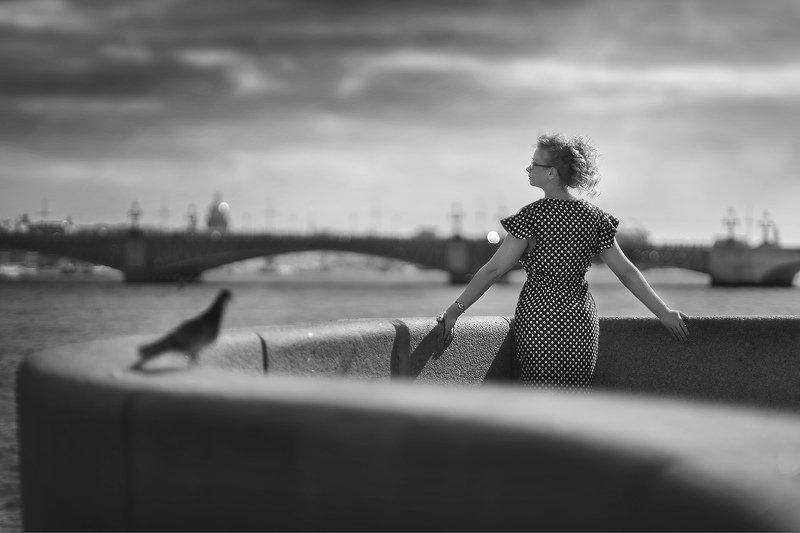 девушка,набережная,санкт-петербург,ч/б,настроение Набережнаяphoto preview