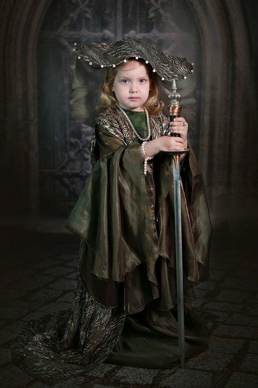 дети портрет девочка средневековье Дети Средневековьяphoto preview
