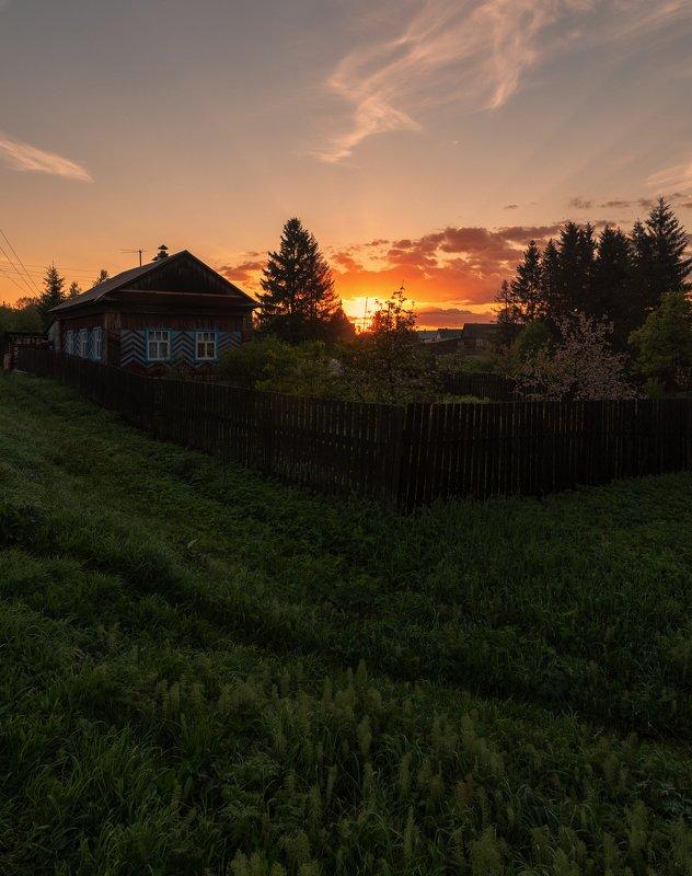 Рассвет, Россия, Вятка Утренний рассвет в провинцииphoto preview