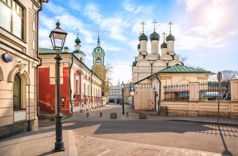 москва, храм, черниговский переулок Черниговский переулок в Москвеphoto preview