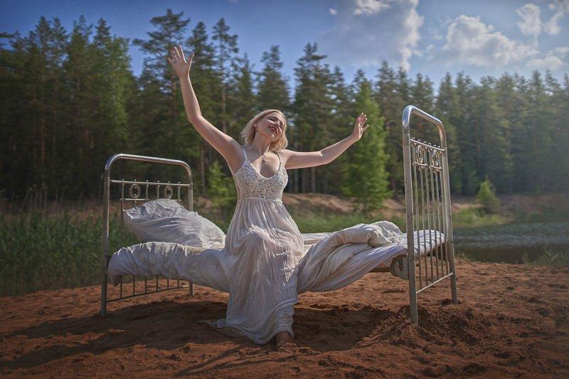 портрет, кровать, озеро, жанр, rekhov С добрым утром!photo preview