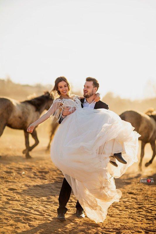 Свадебная фотосессия photo preview