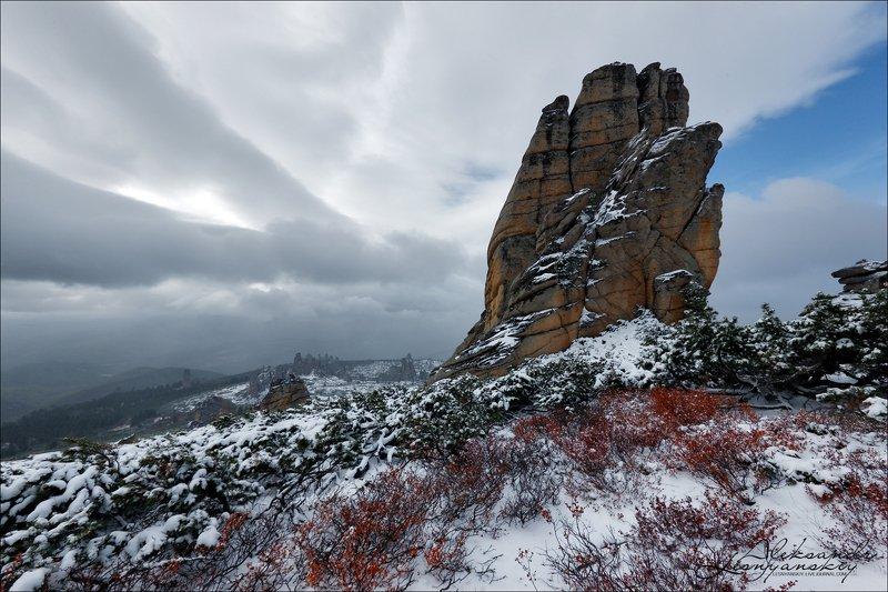 забайкальский край, ламский городок Сдержанные аплодисментыphoto preview