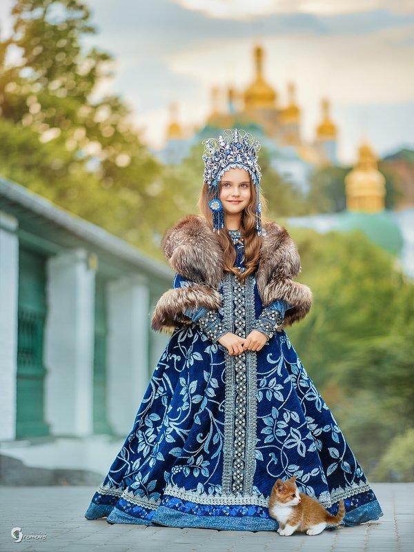 Княжна, принцесса, Киевская Русь, история, исторический, костюм, маленькая, девочка, котенок Находка маленькой княжныphoto preview