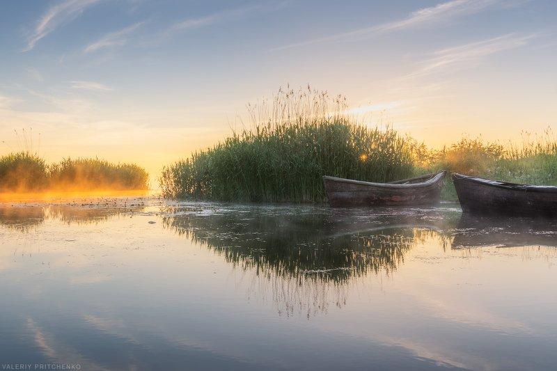 Утро в рыбацком поселкеphoto preview