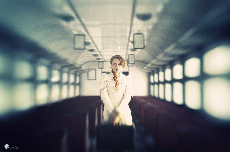 ticket, way, білет, она, одиночество with one-way ticketphoto preview