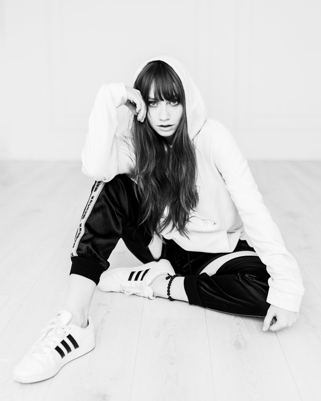model,portrait,modelling,girl,blackandwhite Katephoto preview