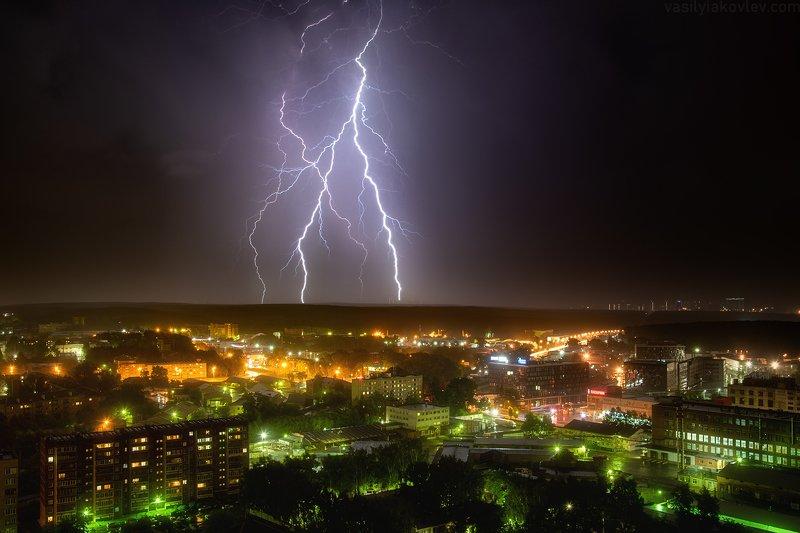 екатеринбург Ночная грозаphoto preview