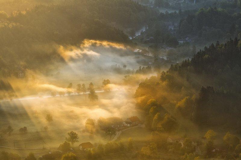 landscape,canon,mist,light,spring Temple of Light.photo preview