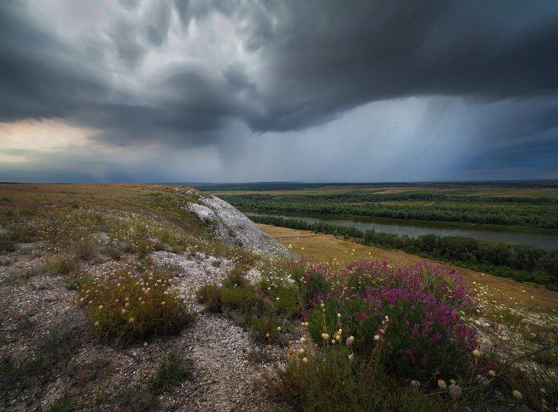 дон, дождь, меловые горы Тучка надвигаласьphoto preview