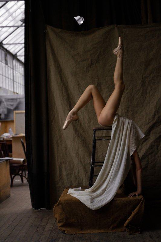 fine, art И боги создали ноги :) фото превью