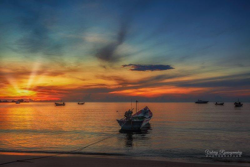 пейзаж, рассвет, ко панган, таиланд, путешествие, тропический пляж, Про лодки и утро...photo preview