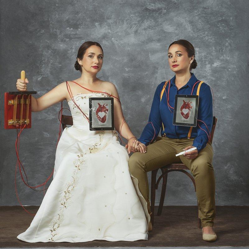 art, photo, фото, арт, картина, фрида, концепт, модель, близняшки, фон, соц сети, the two Fridasphoto preview
